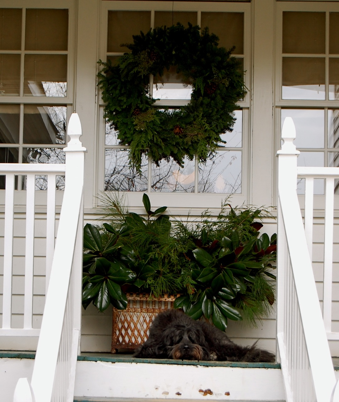 Serenbe Front Porch/Balcony Decorating Contest!